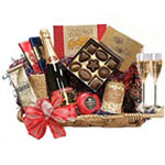 Exquisite Romancing Freely Basket with Champagne